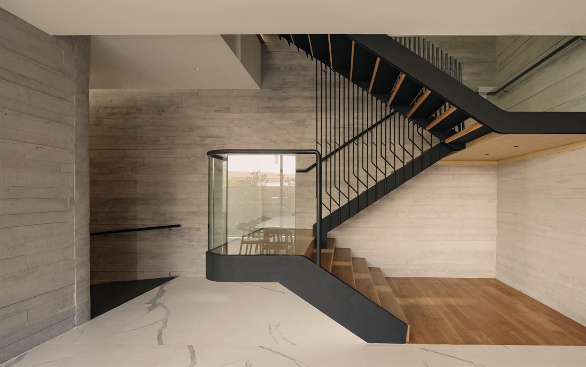 Strata House 7