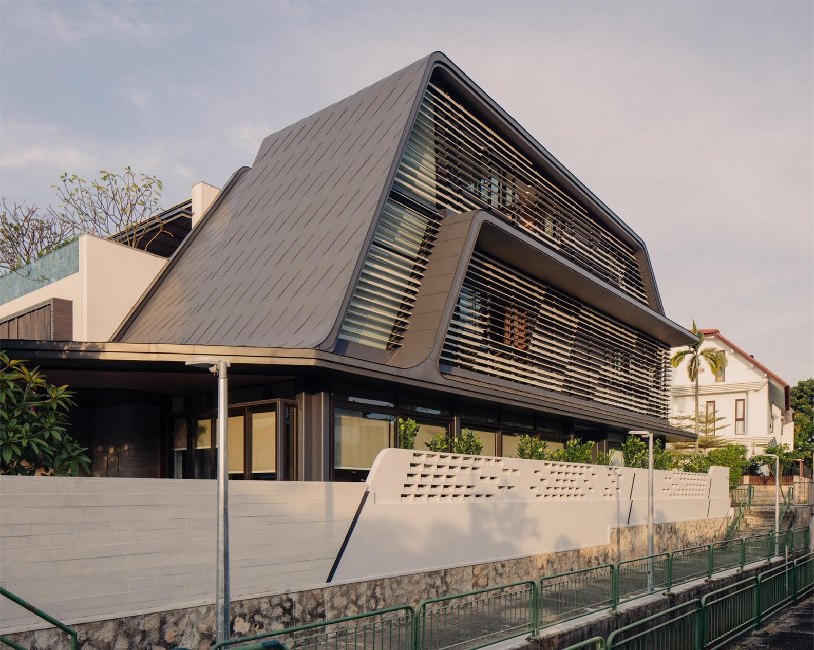 Strata House 4