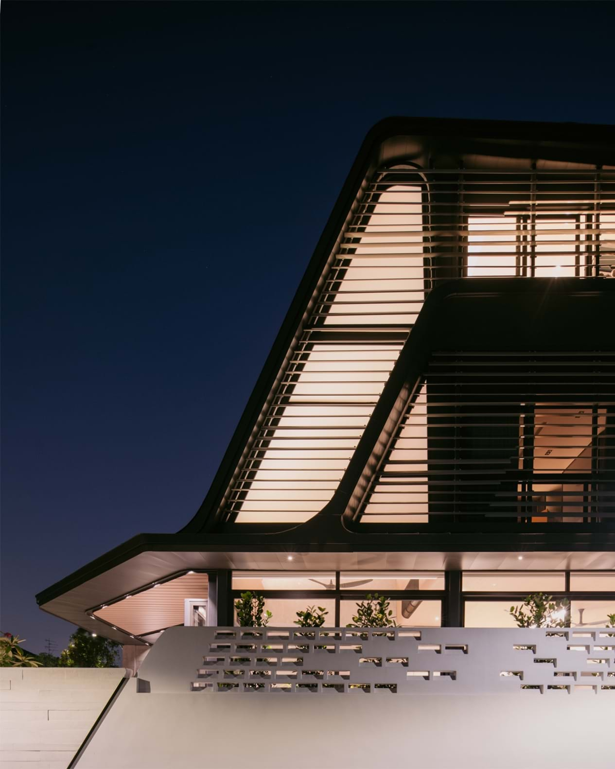 Strata House 11